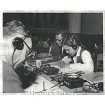 1958 Press Photo Chicagoan are studying for radio opera