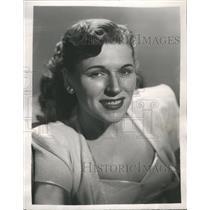 "1949 Press Photo Eileen Wilson ""Your Hit Parade"""