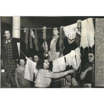 1937 Press Photo Sitdown Strike Vesta Underwear Company - RRR12093