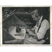 1948 Press Photo Orthopedic Shoemakers