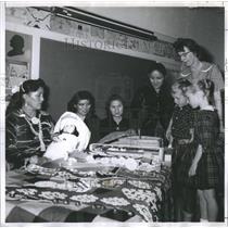 1961 Press Photo Navaho Craftwork at Colorado Springs - RRR28511