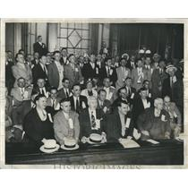 1938 Press Photo Tavern Owners Stand Up
