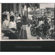 1976 Press Photo Silver Sabres Gang St Martin Church - RRR40607