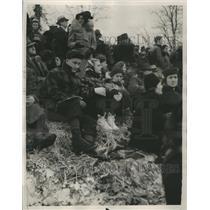 1939 Press Photo Winter Picnic