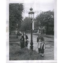 1954 Press Photo Street Lights