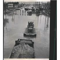1961 Press Photo Rain Chicago