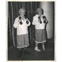 1941 Press Photo Grandmother's Follies