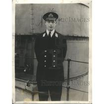 1923 Press Photo Geogre Prince Officier Uniform Stand