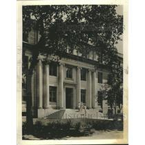 Press Photo Harris Hall Northwestern University People