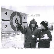 1962 Press Photo Winter Children Vance Imarsh Michelson