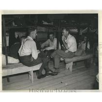 1942 Press Photo Great Lakes Paper Mill Workers Break