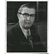 1949 Press Photo Roscoe Smith Assistant Director Ford - RRR13815