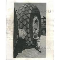 1958 Press Photo Firestone Company Tires Arabian Oil