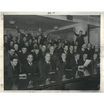 1937 Press Photo Micheal Sokoll Cab Strike Thomas Hogan - RRR30771
