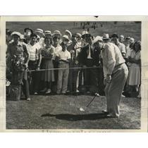 1938 Press Photo Golfer Ralph Guldahl begins his title defense at Western Open