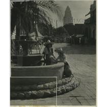 1931 Press Photo Spanish girls on Otinena Street in Los Angeles, California