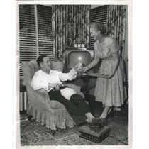 1954 Press Photo Jocko Conlan, National League Umpire, at his North Chicago Home