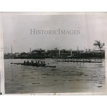 1935 Press Photo Ara River crew race for Nippon vs U of Commerce - nes36206