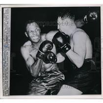 1950 Press Photo Vern Mitchell vs Andy Walker in San Francisco split decision