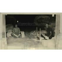 1926 Press Photo workers Packing Crepe - nef39684