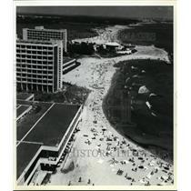 1983 Press Photo Romania, Mamaia, Beach - orb99566
