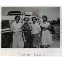 1965 Press Photo Joan Blonien & other Mission Catholique hospital staff