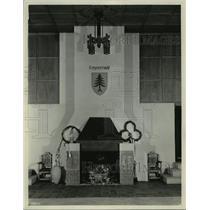 "1931 Press Photo Fireplace in the auditorium at the ""Waelderhaus"" in Wisconsin"