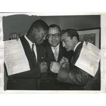 1956 Press Photo Carmen Basilio-Welterweight Boxing Champion on the Right