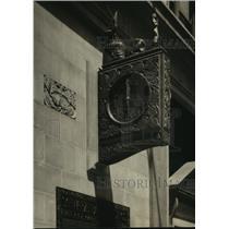 1926 Press Photo Darbrook Silk Clock - mjx22098