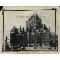 1926 Press Photo The Hotel Frontenac in Quebec is a winter sports center