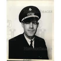 1938 Press Photo Bruce Pettigrew 2nd Pilot of American Airlines - nef47512