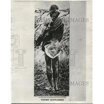 1930 Press Photo Tanganyika Native in Skin-Skirt, Africa - nef47903