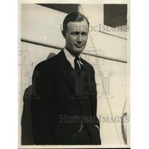 1932 Press Photo Count Ivar CE Moltke of Denmark in LA on way to Australia