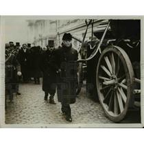 1930 Press Photo Funeral of a Rumanian Minister with GT Duca, Mr Nicolesco