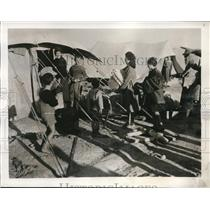 1944 Press Photo Greek refugees at camp in the Middle East from Aegean islands