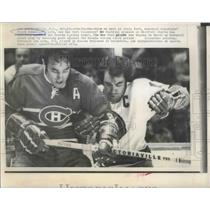 1973 Press Photo Montreal Canadians' Frank Mahovlich & NY Islanders' Ed Westfall