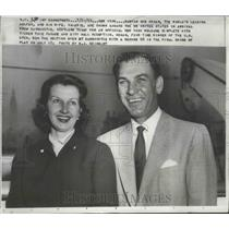 1953 Press Photo Ben Hogan & Wife Valerie Aboard S.S. United States on Arrival