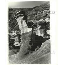 1983 Press Photo Rock Pillars & Sandstone Caps Created 65 & 112 Million Yrs Ago