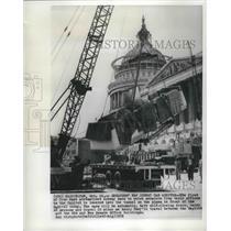 1959 Press Photo Senate Subway Cars Lowered into Tunnel, Washington, DC