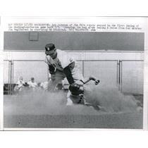 1962 Press Photo Senators' Bob Johnson steals 2nd vs Red Sox' Ed Bressoud