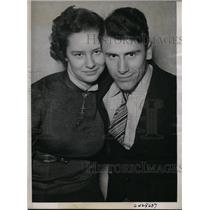 1938 Press Photo Eloped Nebraska Students Alma Pcikering, Claude Mace
