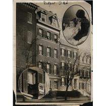 1916 Press Photo Ellen Wilson McAdoo's Sleeps in Box Like Crib Window Suspended