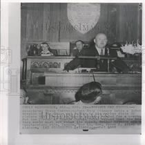 1953 Press Photo Correspondant Eddy Gilmore