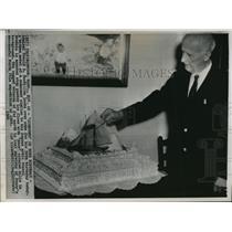 1964 Press Photo Admiral Donald B. MacMillan at 90th Birthday, Massachusetts