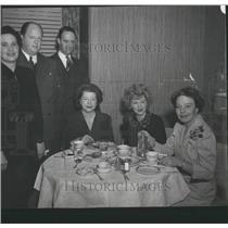 1942 Press Photo Claire Trevor actress in Denver