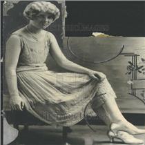 1924 Press Photo Charlotte Weber