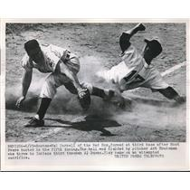 1953 Press Photo Red Sox' Mel Parnell forced at 3rd base vs Indians Art Houteman