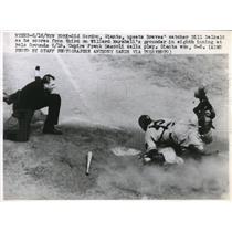 1948 Press Photo Giants Sid Gordon scores vs Braves catcher Bill Salkeld,