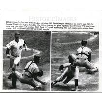 1970 Press Photo Yankees Mel Stottlemyre misses home plate vs Brewers Phil Roof