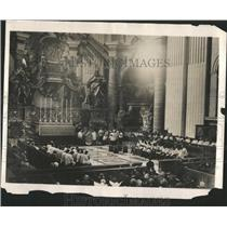 1931 Press Photo St Peters Rome Sunday Services